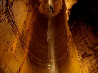 Какая самая глубокая пещера в мире + фото и видео