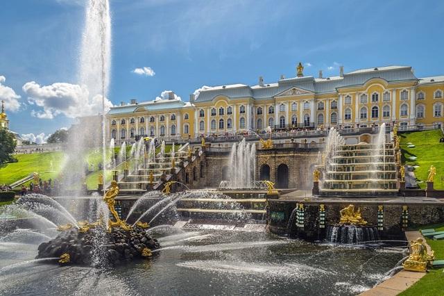 Самый красивый фонтан в мире, в какой стране он находится