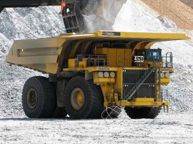 Самый большой в мире грузовик (длинный и мощный)