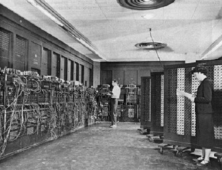 Какой самый первый компьютер в мире?