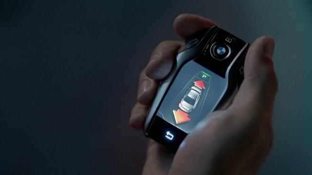 Какой самый маленький мобильный телефон в мире + фото