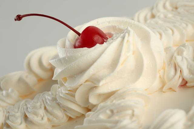 Самый простой торт: как его испечь, крем для торта