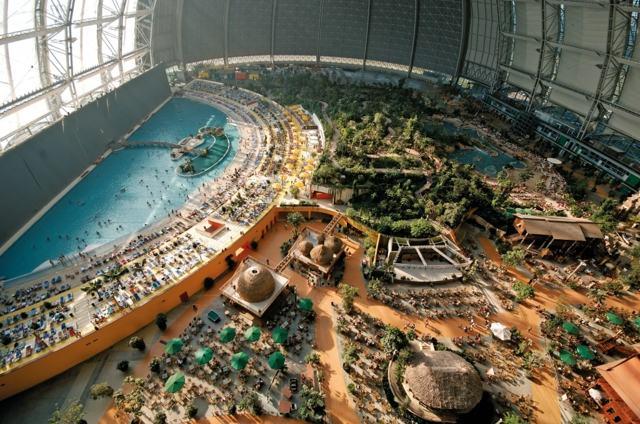 Где находится и как выглядит самый большой в мире аквапарк
