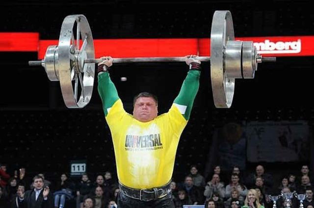 Самый мускулистый человек в мире: кто он и как этого добился?
