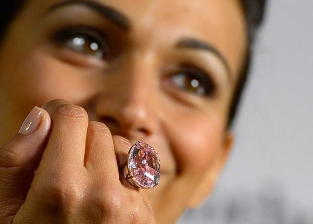 Самые дорогие кольца в мире (обручальные и не только) + фото