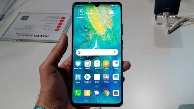 Самые большие телефоны в мире