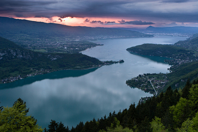 Самая большая река в мире и в европе: сколько составляет ее длина?