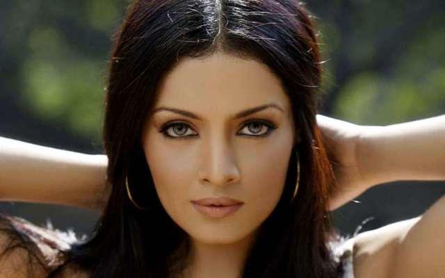 У кого самые красивые глаза в мире